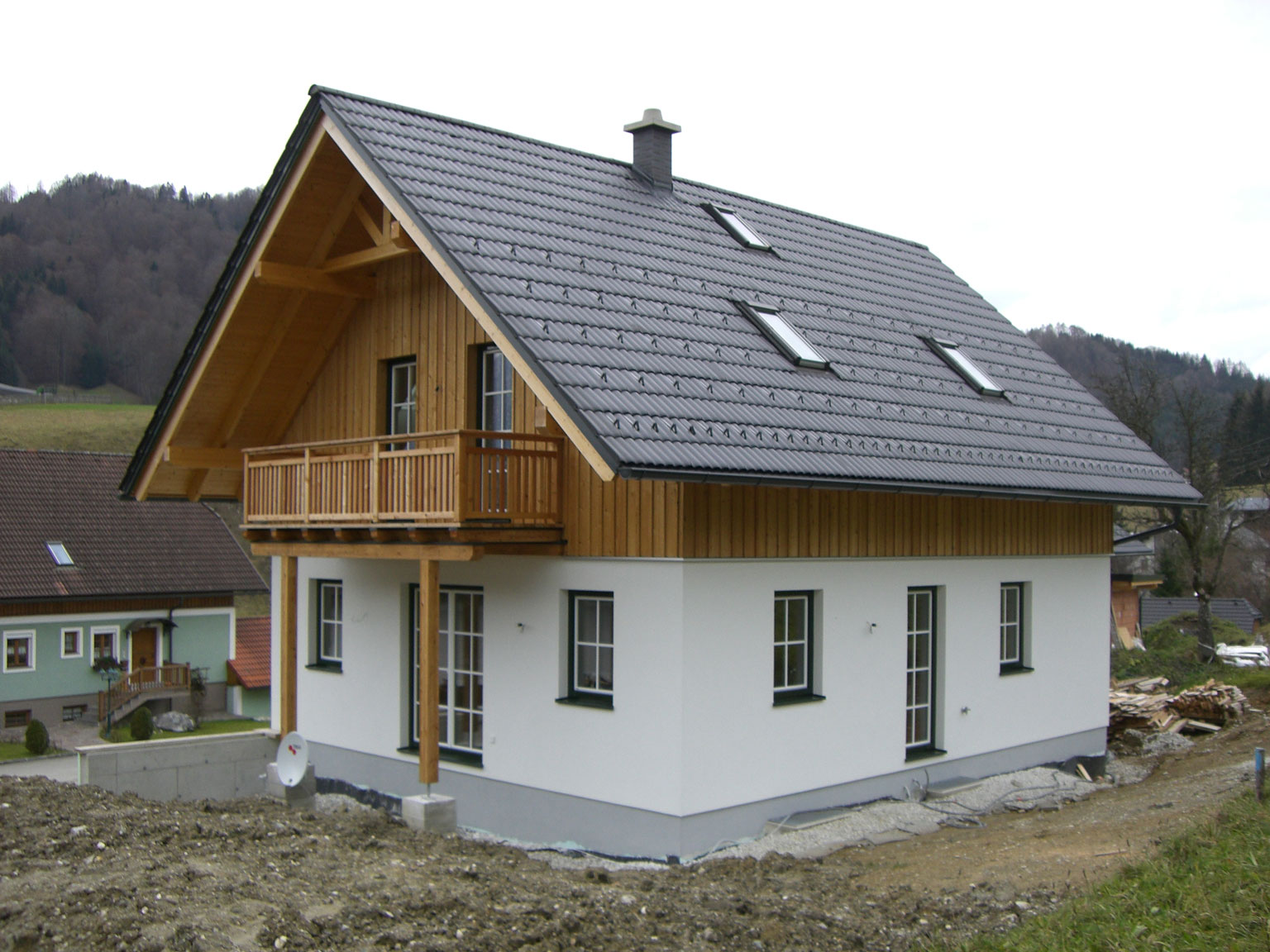 fassade gelb grau full size of eternit fassade streichen wohnzimmerz haus streichen with ein. Black Bedroom Furniture Sets. Home Design Ideas